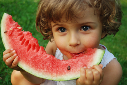 Fresh And Natural Raw Foods For Healthy Children
