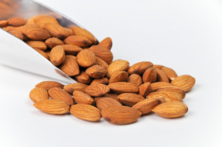 Raw Food Health Benefits of Almonds