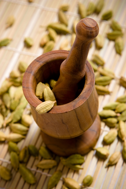 Therapeutic properties of cardamom.