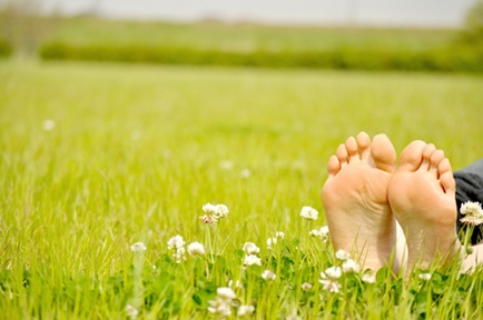 """Earthing""  – What It Is And Why It's Good For You!"