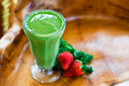 The Green Smoothie Miracle: For more energy, natural weight loss and happiness!