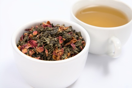 Wild Edibles Recipes: Nourishing Tonic Teas For Strong Bones and Happy Bellies!