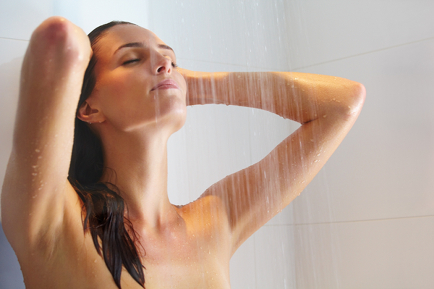 Beat Cellulite and Tone your Skin with Hot and Cold Shower Hydrotherapy