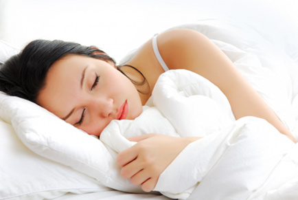 8 Raw Foods To Improve Insomnia & Help You Sleep