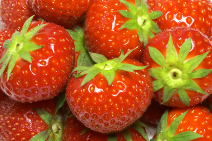 Easy Raw Food Recipes with Strawberries